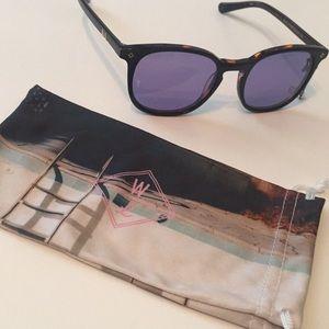 NWT Wonderland Sunglasses Barstow Tortoiseshell